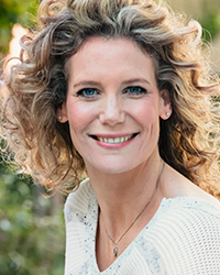 Carla_van_Stralan_headshot